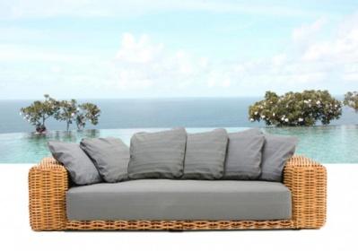 Arredamento esterno divani in rattan set divano salotto for Arredamento in rattan